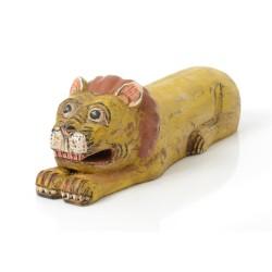 Lion en bois recyclé